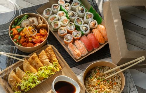 ¿Comida asiática? Tenemos las bandejas ideales para su presentación